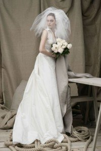 abito da sposa con velo a voliera - Daniele Panareo fotografo Matrimonio Lecce