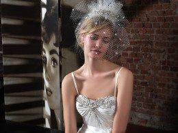 abito da sposa con velo corto e asimmetrico - Daniele Panareo Fotografo matrimoni a Lecce