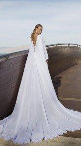 abito da sposa con strascico a mantello - Daniele Panareo Fotografo matrimoni a Lecce