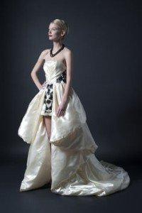 abito da sposa con strascico a pannello - Daniele Panareo Fotografo matrimoni a Lecce