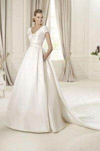 vestito da sposa con strascico squadrato - Daniele Panareo Fotografo matrimoni a Lecce