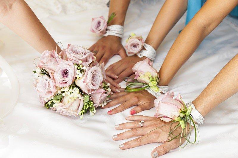 bouquet da polso sposa - Daniele Panareo fotografo di matrimoni a Lecce e provincia