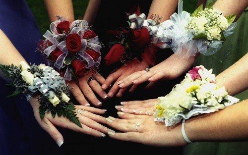 bouquet da polso sposa damigelle - Daniele Panareo fotografo di matrimoni a Lecce e provincia