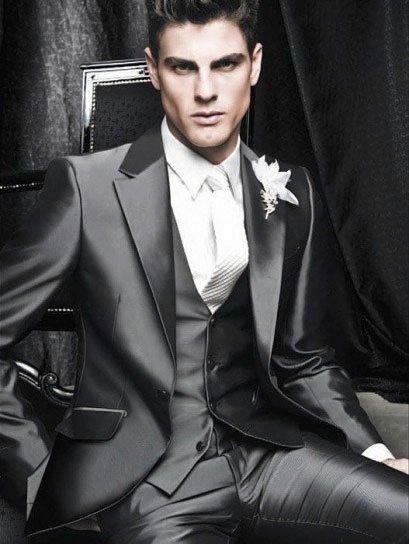 abito sposo formale grigio - Daniele Panareo fotografo di matrimoni a Lecce