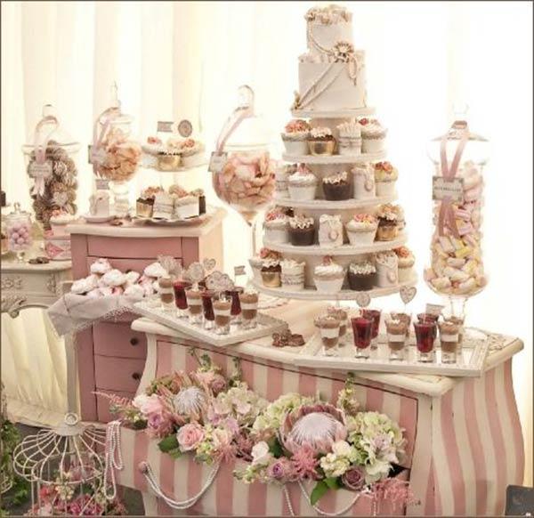 Ricevimento tra le nuvole -originale  torta cupcake di matrimonio - Daniele Panareo fotografo Lecce