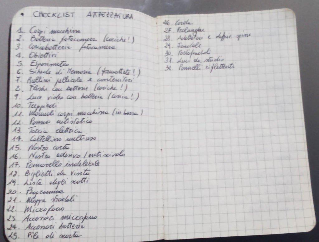 attrezzatura del fotografo di matrimonio checklist